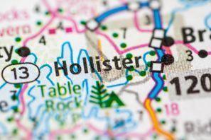 Hollister, MO